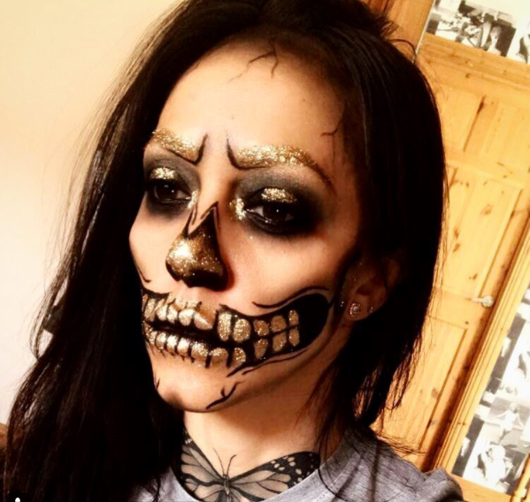 glitterbug aimee definitely knows how to put a bit of sparkle into the horror season showing even skeletons can be glamourous